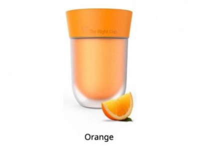 Vaso The Right Cup para beber agua pura como si tuviera sabor a naranja